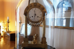 globe-ovale-horloge-veramy